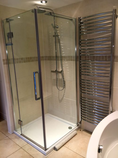Shower_The_Mill_House