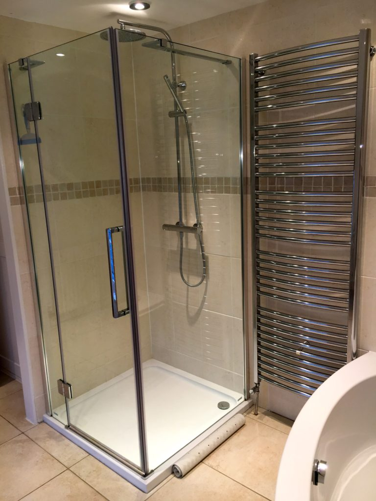 The_Mill_House_Shower