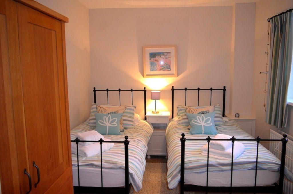 Ground_Floor_Twin_Bedroom